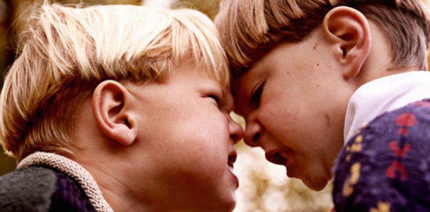 Фізична агресія дітей: поради батькам